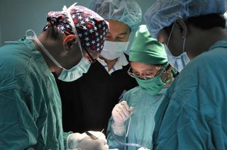 Dr Vu in surgery