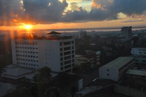 S sunrise