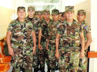 San salvador army